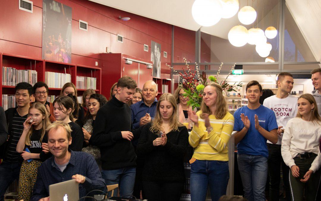 Vrijwilligersfeest met première promofilm en project 'penmaatje'